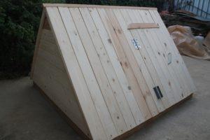 недорогой домик для колодца